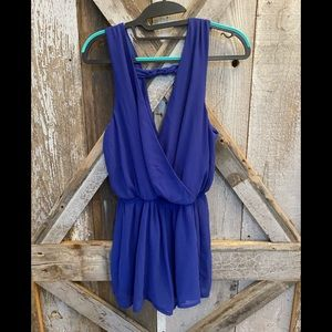 One clothing blue short jumper